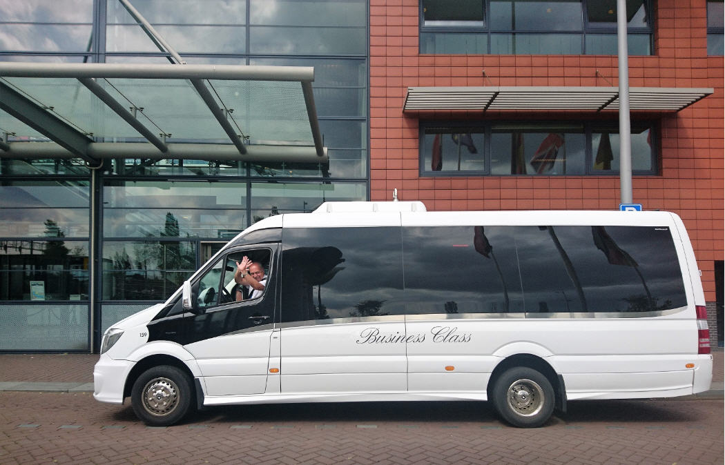 Schiphol Airport Transfer | Private Bus Tour